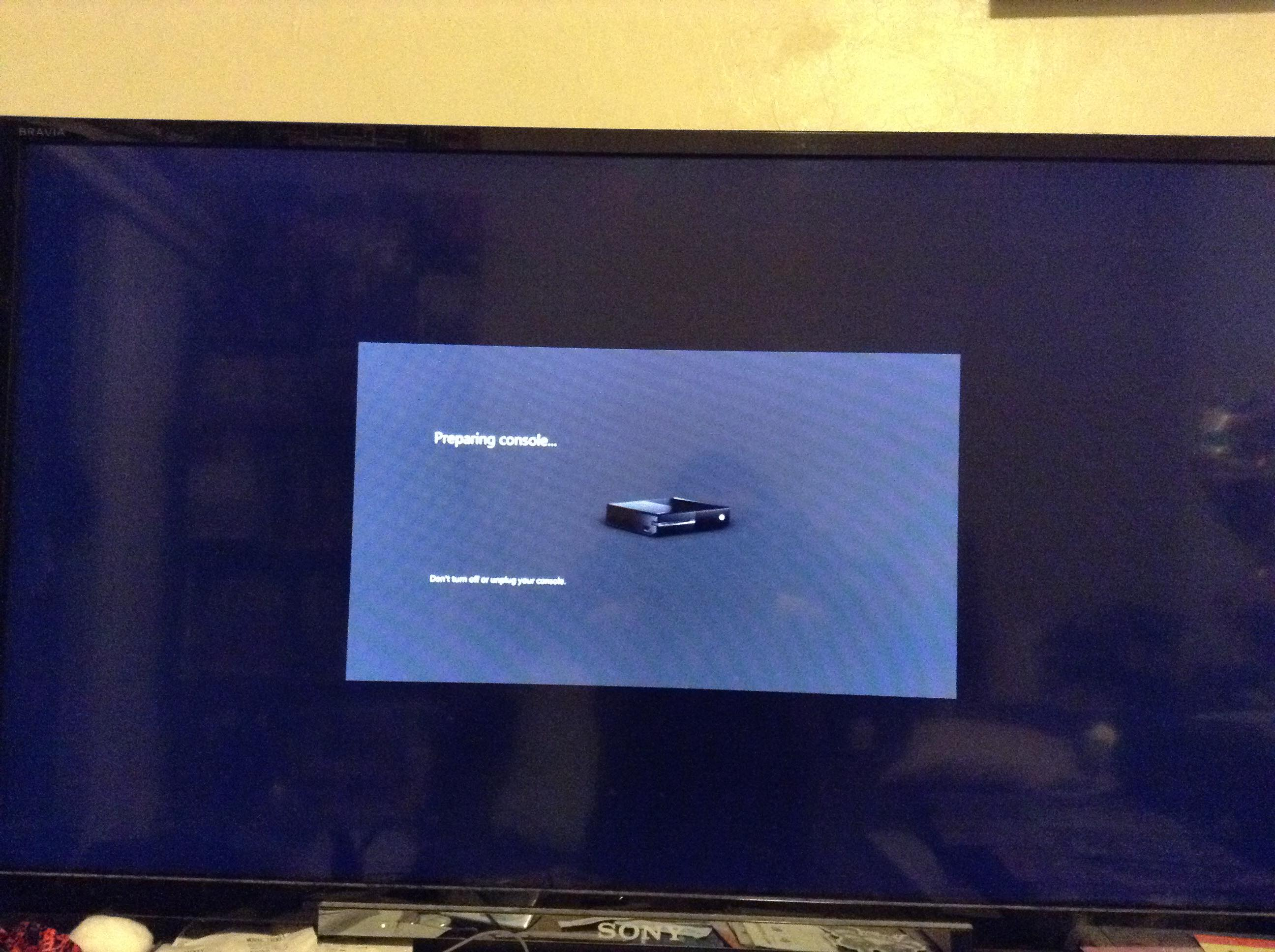 My Xbox One errors during Preparing screen at console