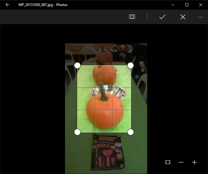 How to crop, resize and enhance a photo in Windows 10 - Microsoft