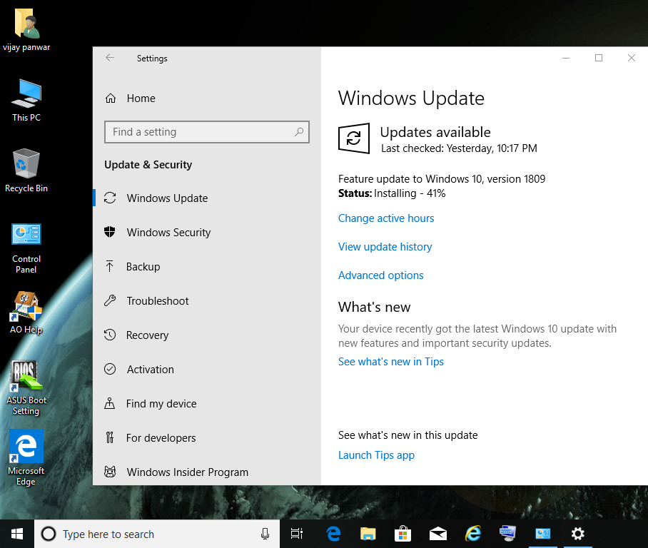 Feature update to windows 10 , version 1809 is available in