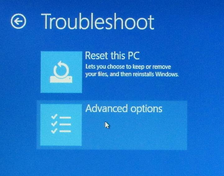 boot from usb windows 10 blinking cursor