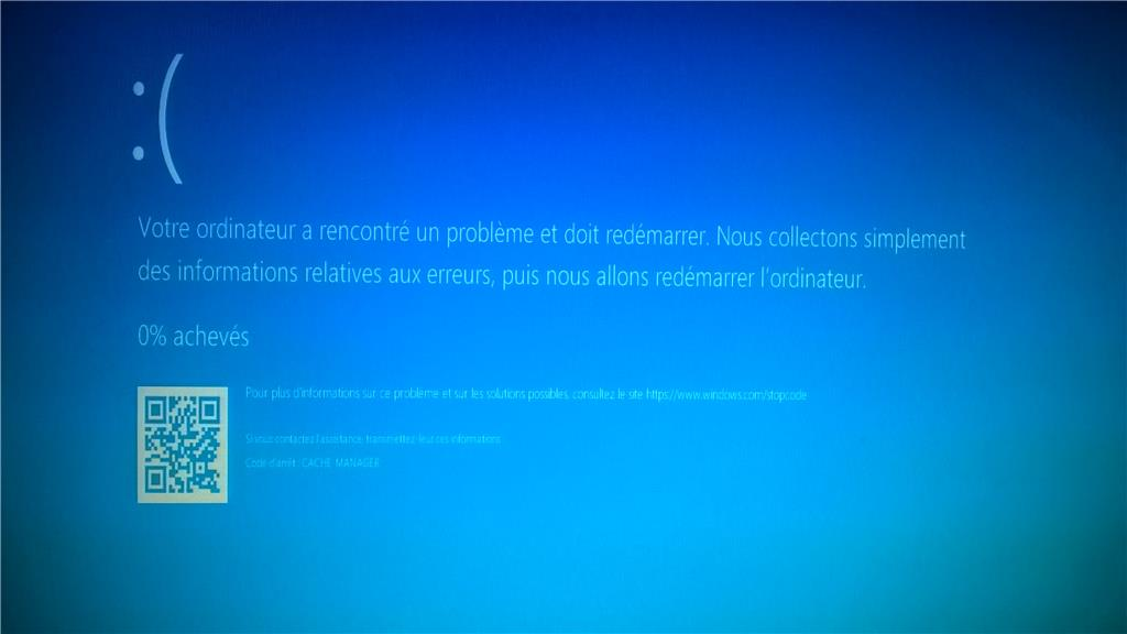[RESOLU] Votre PC a couru dans un problème et doit redémarrer dans Windows 10