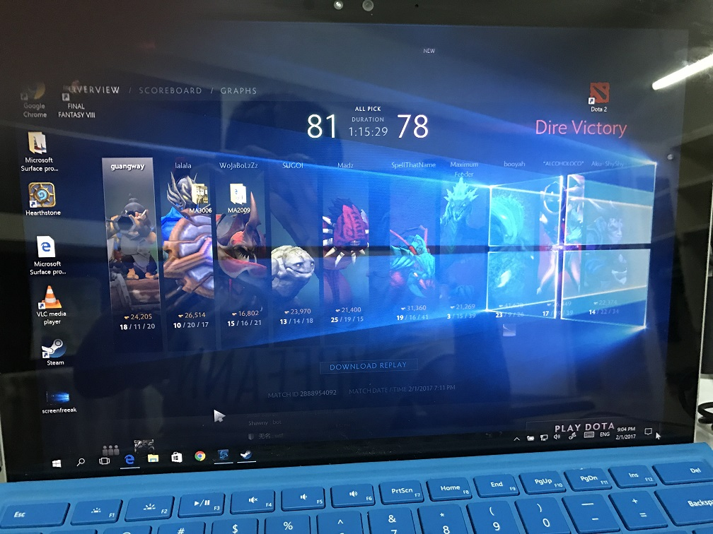 Surface Pro 4 screen freaking out after gaming for 1 hour