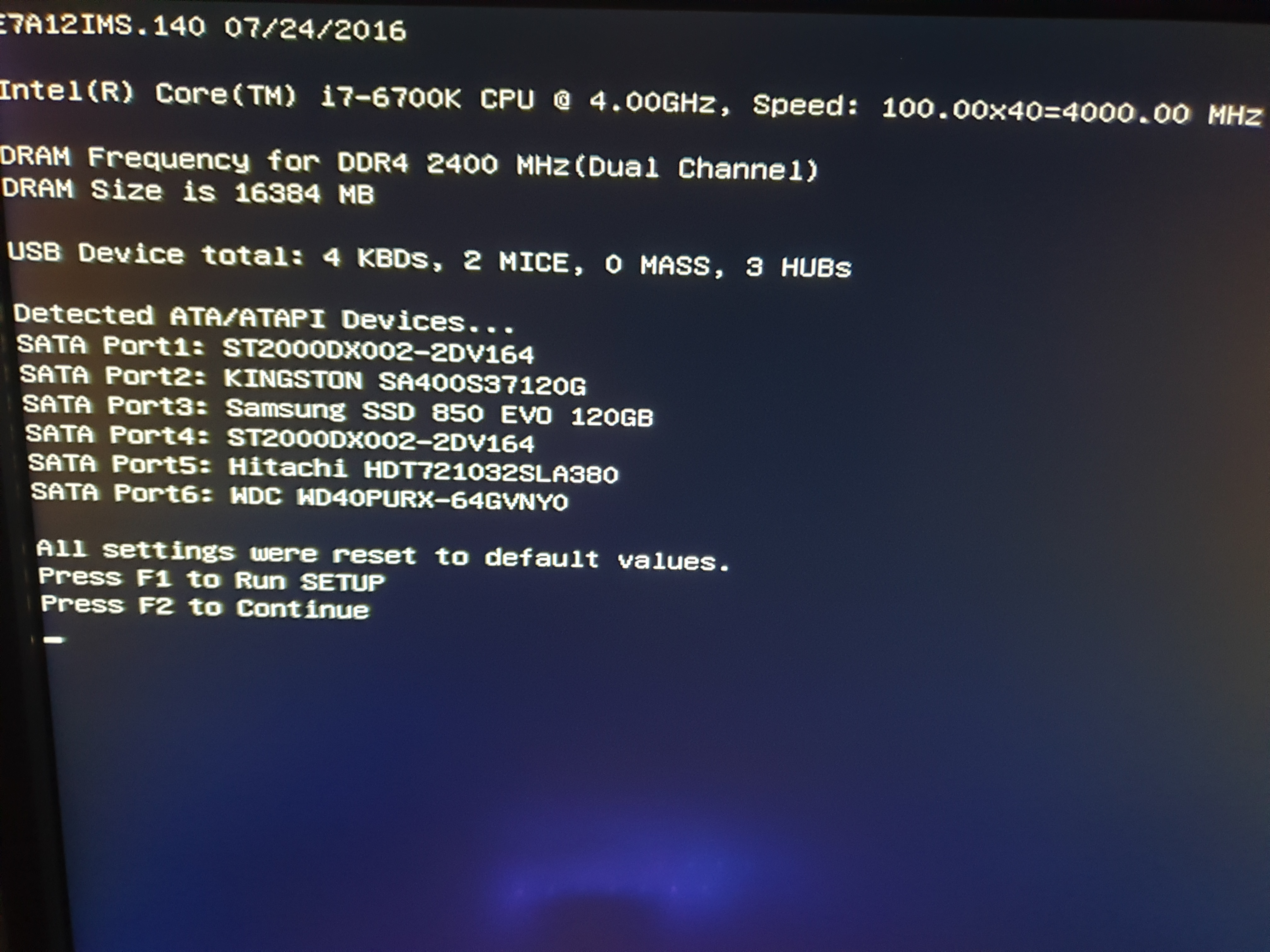 All setting have been reset to default values  Boot message