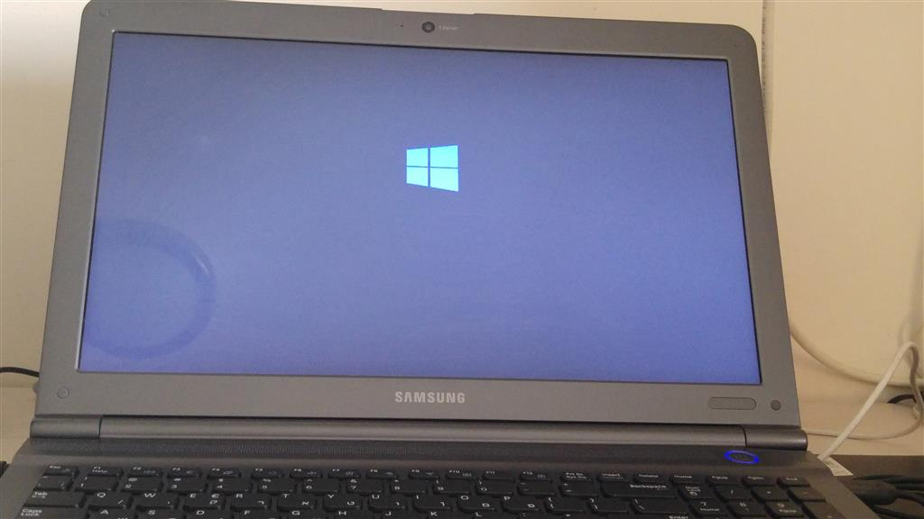 Samsung RC510 - Got stuck at windows logo when trying to