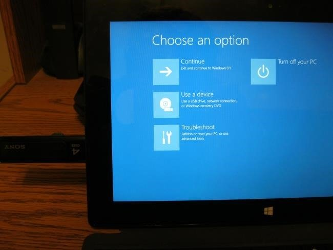 How To Change Boot Sequence in Win 8 1 on Dell Inspiron 15 7000