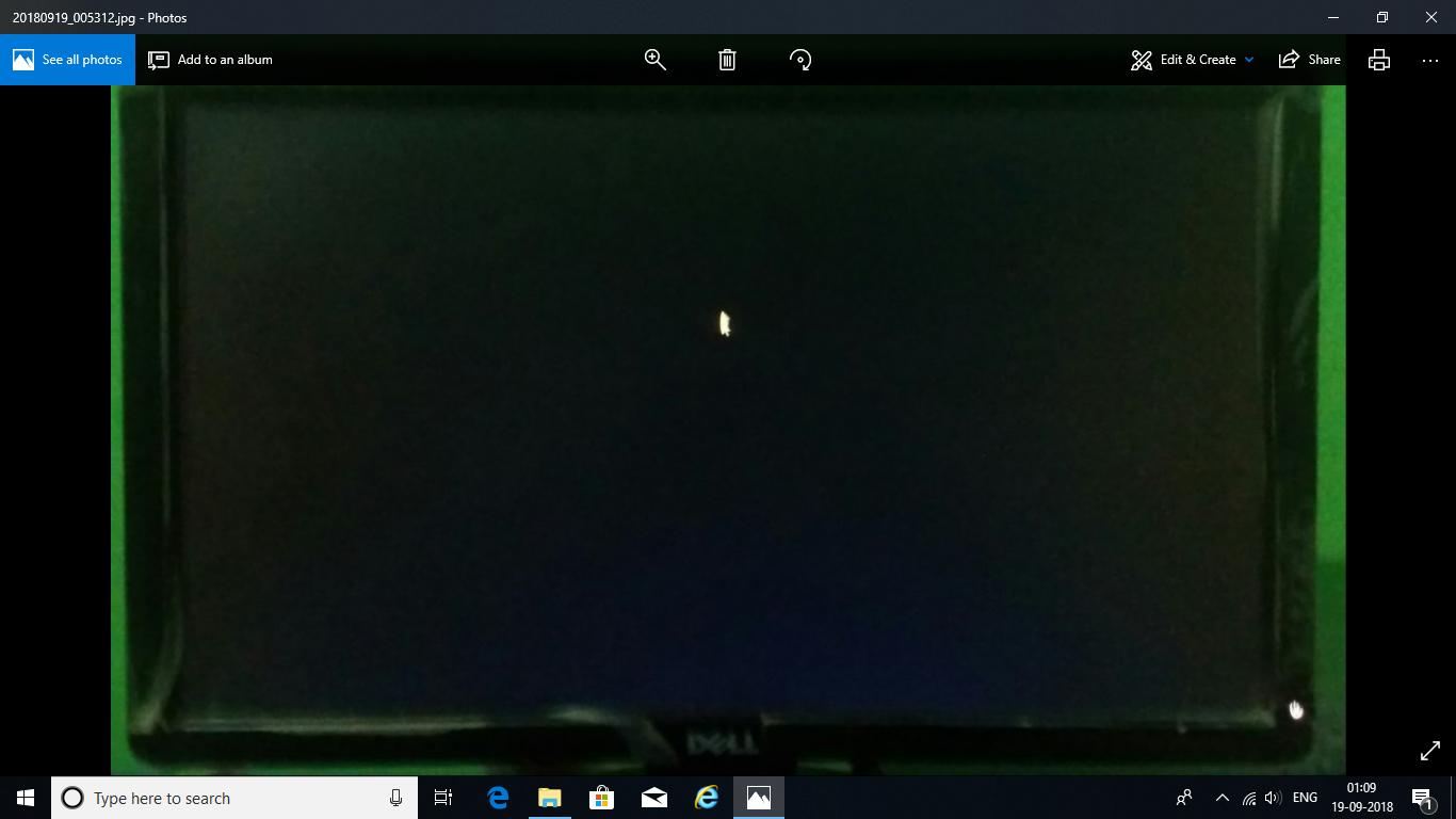 windows 10 , latest version 1803 screen stuck after updating