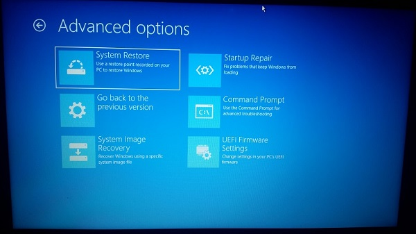 Windows 10 only boots to Advanced Startup Options after