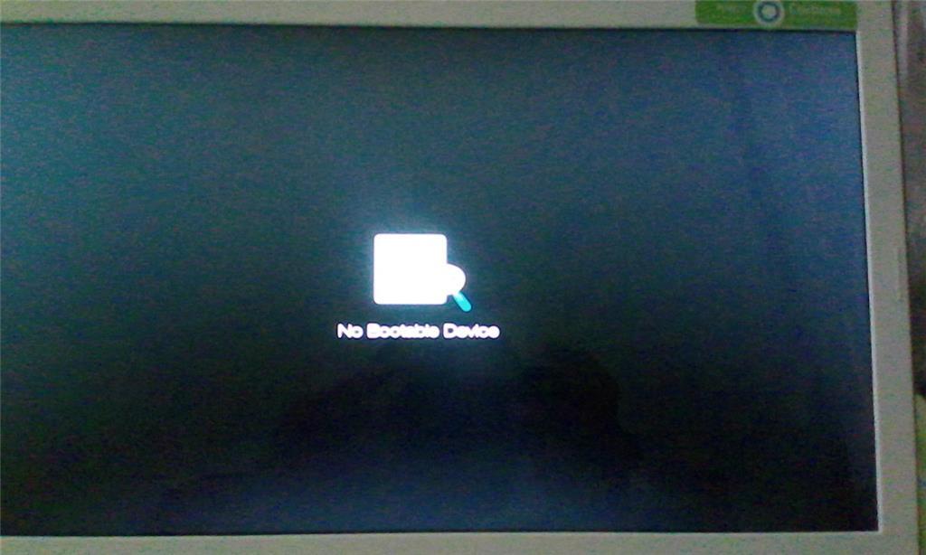 Windows 10 เปิดเครื่องแล้วขึ้น No Bootable Device ครับ