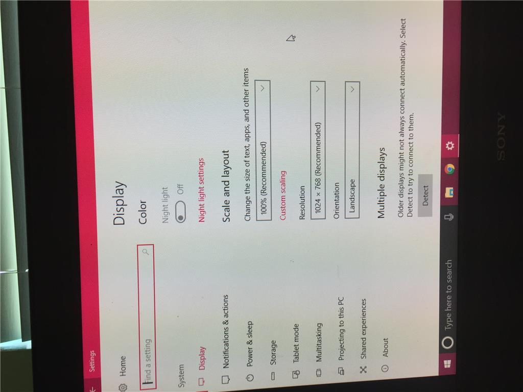 My computer screen has shrunk in windows 10 - Microsoft