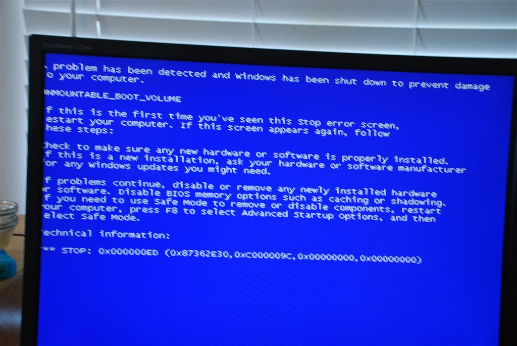 Blue Screen unmountable boot volume, stop: 0X000000ED