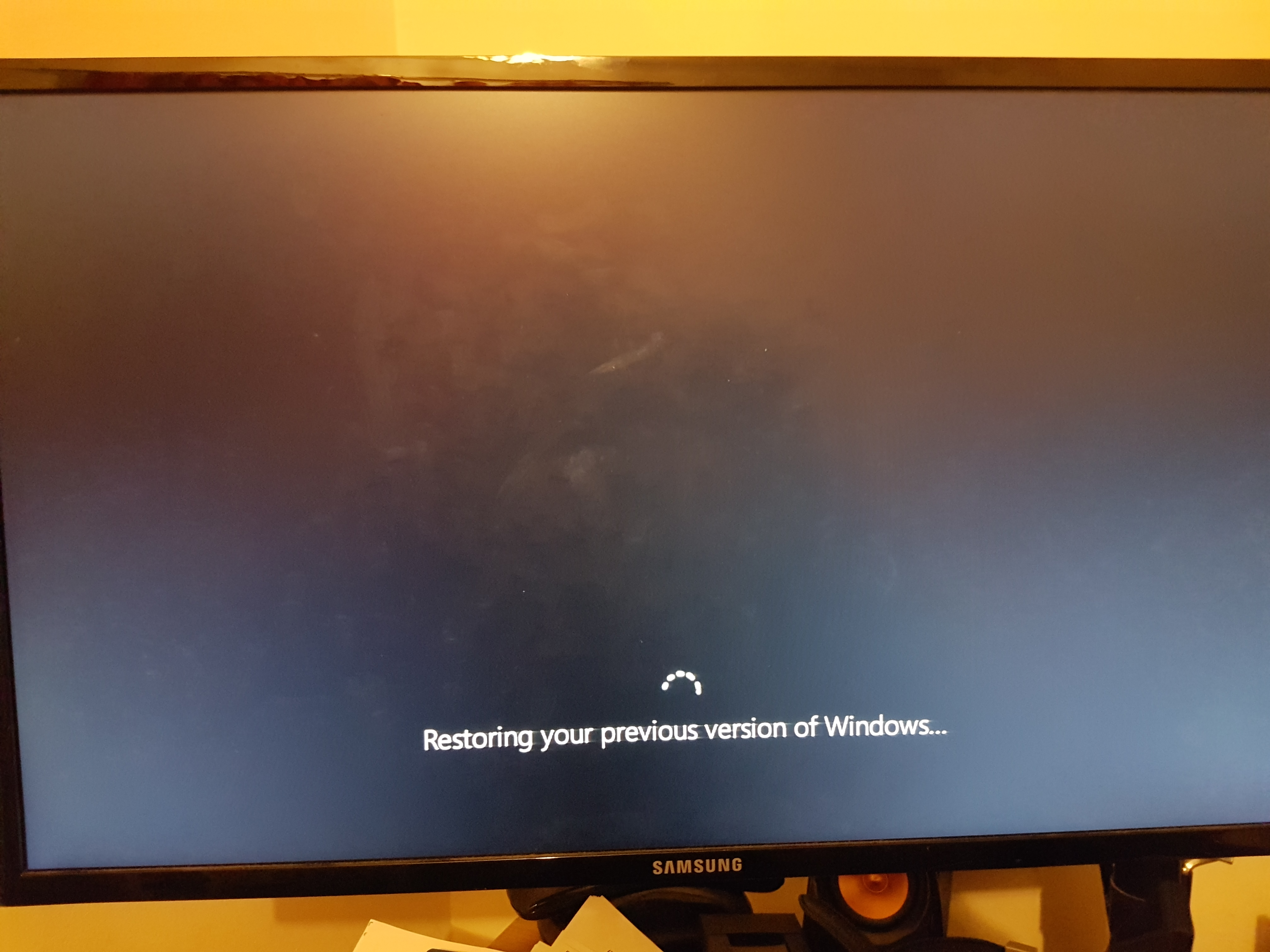 my windows 10 desktop computer won't boot after failed update