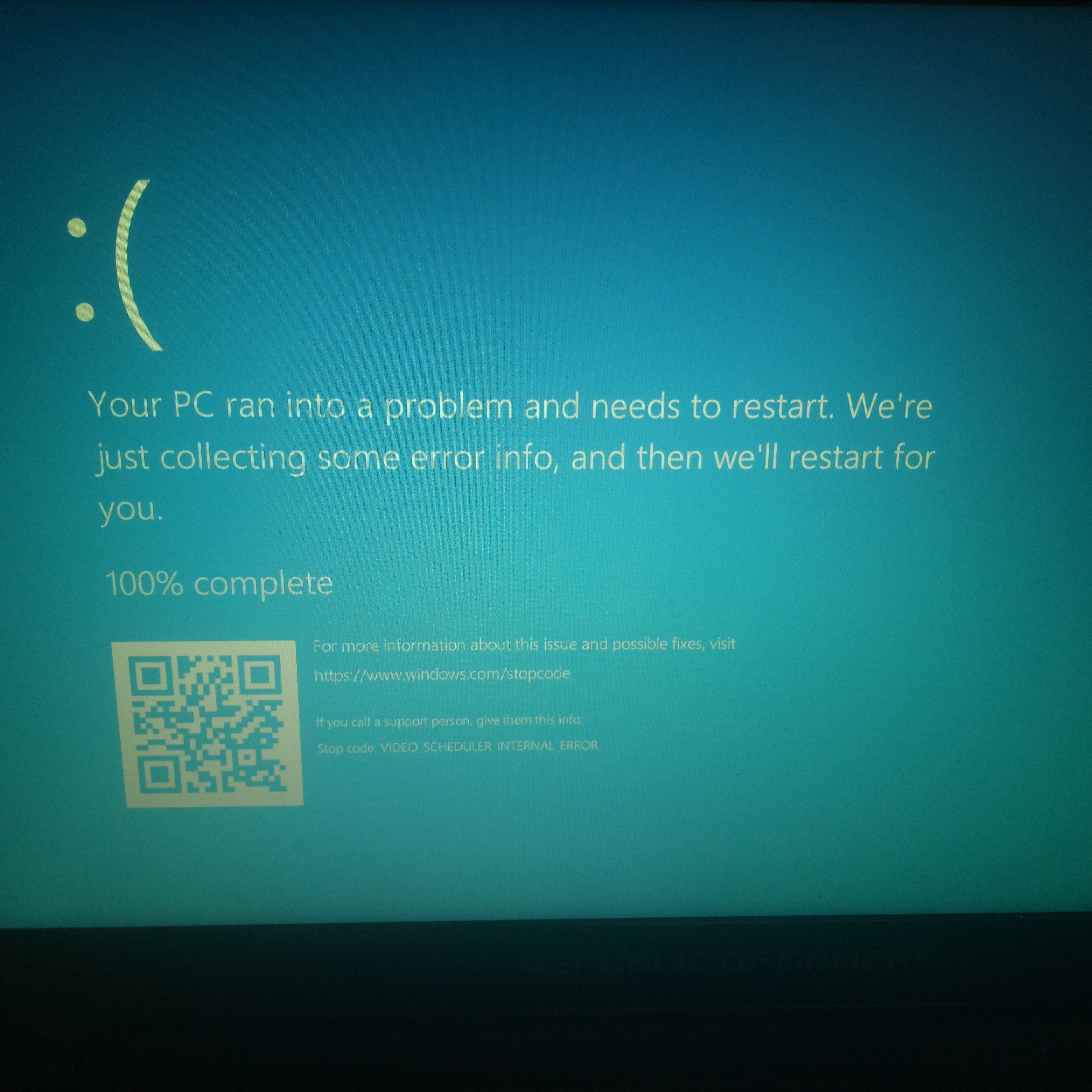 Video_Scheduler_Internal_Error Blue Screen Stuck at 100% - Microsoft