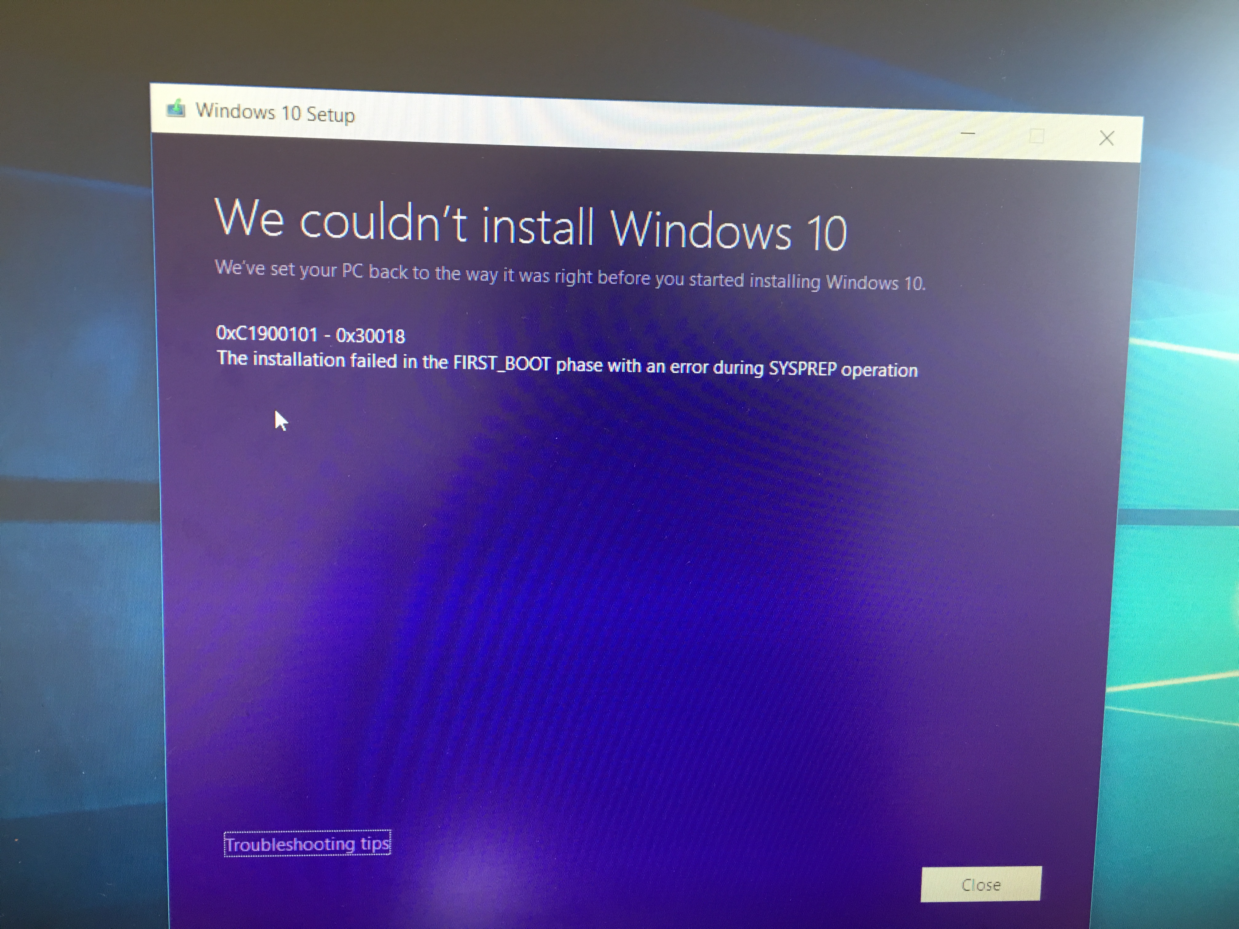 Windows 10 failed to update and stuck at 33% after reboot
