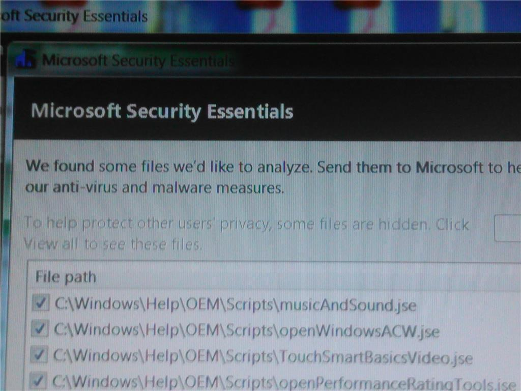 Microsoft Security Essentials giving a message about a